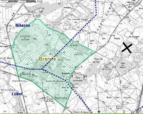 La zone hachurée en vert est la Zone de Protection Spéciale Natura 2000, résultant de la directive Oiseaux de 2009.La Croix noire situe les Tourneix.